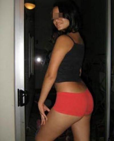Jeune Femme chaude cherche un mec chaud sur Sarcelles