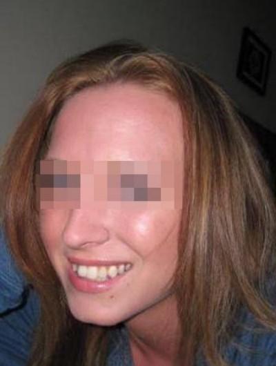 Jolie petite cochonne aimant le sexe pour un plan baise sur Martigues