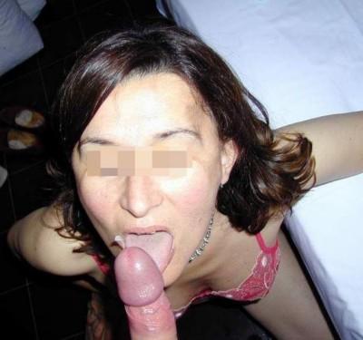 Jolie jeune Femme à Angoulême adorant la baise anale